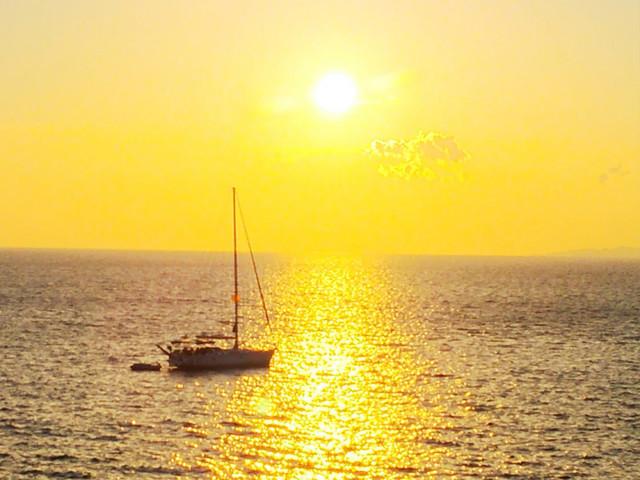 ミコノス島の夕日.jpg
